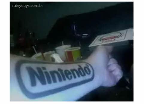 Tatuagem Nintendo no braço
