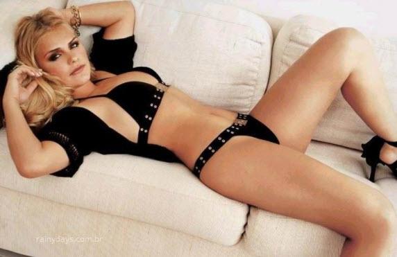 Milene Domingues de calcinha e sutiã sexy