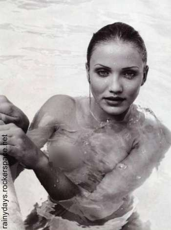 Cameron Diaz sexy topless