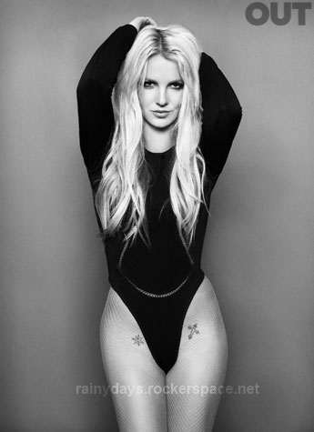 Britney Spears Capa da Revista Out 2