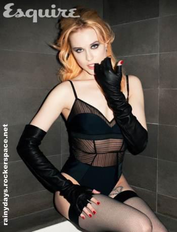 Evan Rachel Wood de lingerie na Esquire
