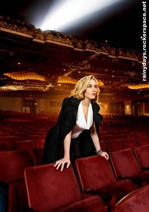 Kate Winslet linda para grife St John