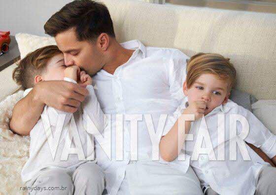 Ricky Martin, Carlos e gêmeos na revista VF