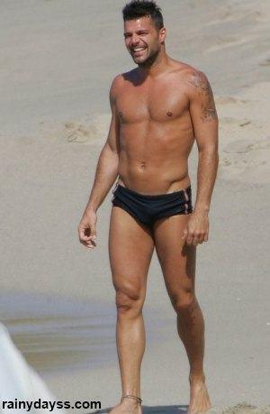 Ricky Martin Sem Camisa de sunga