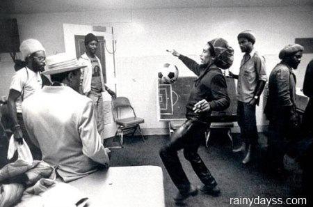 Bob Marley homenageado Puma