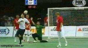 Falcão Faz Gol Incrível no Amistoso Futsal Fest 2012