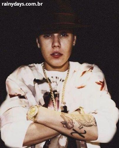 Tatuagem de Peixe Koi do Justin Bieber