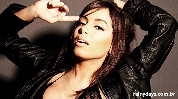 Anitta Prepara Que Agora é A Hora