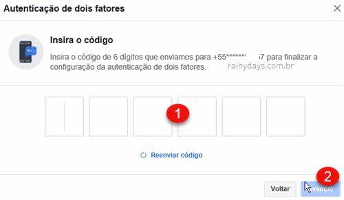 Autenticação de dois fatores no Facebook insira código