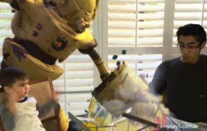 Animador Cria Vídeos com Efeitos Especiais com seu Filho