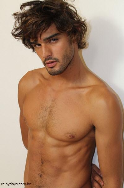 Fotos do Modelo Marlon Teixeira Sem Camisa 4