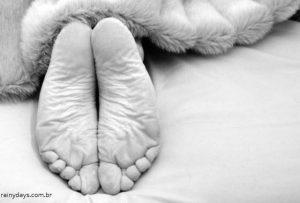 Remédio caseiro para pés rachados