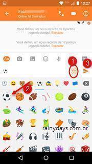 Jogo de futebol secreto no Messenger