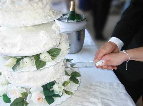Dicas para fazer um casamento gastando pouco