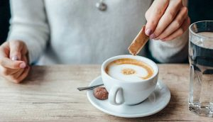 Quantas gotas de adoçante para uma xícara de café