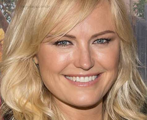 Malin Akerman sexy Entourage