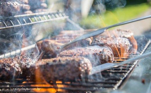 Carne grelhada causa câncer