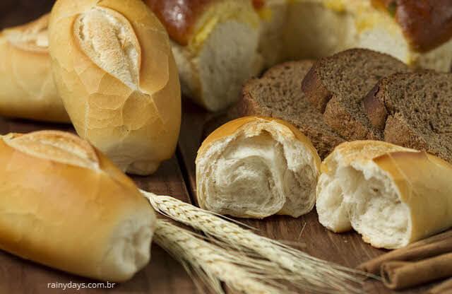 Porque o pão velho fica duro?